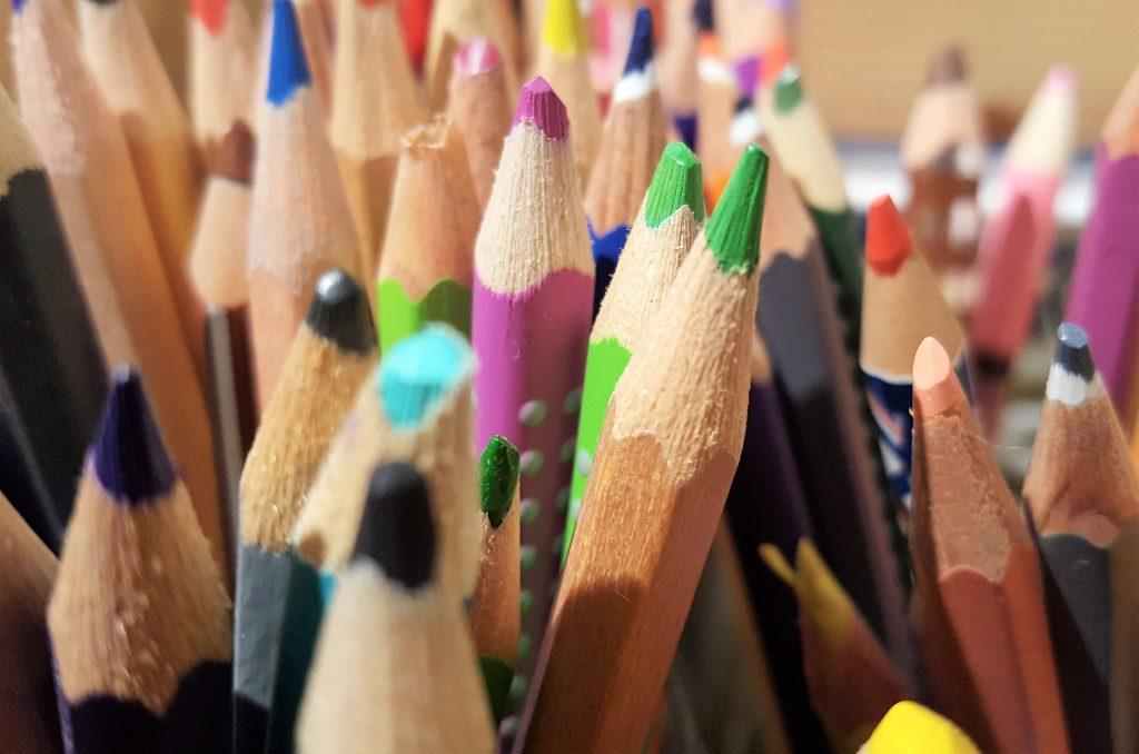 Online likovne radionice za djecu osnovnoškolce